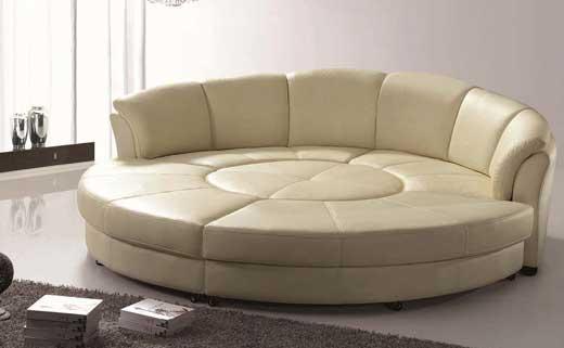 d8a2cdeddb72 Можно выбрать кожаный классический или элегантный диван, диван-кровать с  одним или несколькими (2-3) спальными местами, угловой диван, диван-комплект  или ...