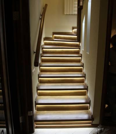 Автоматическая подсветка ступенек лестницы