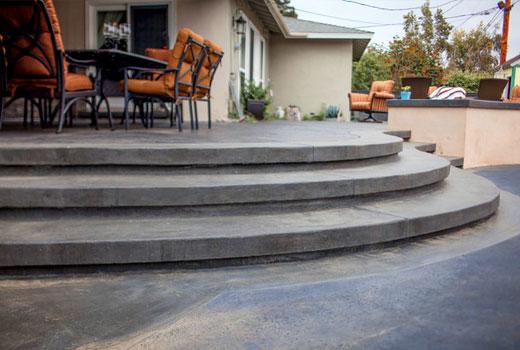 круглое крыльцо из бетона