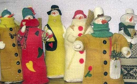 снеговики в пальто