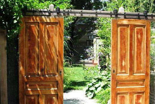 Старые двери могут стать воротами