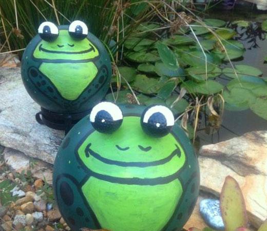 Забавные поделки для сада