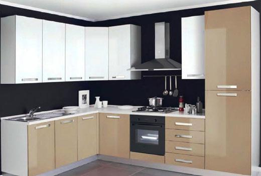 Удобная угловая кухня