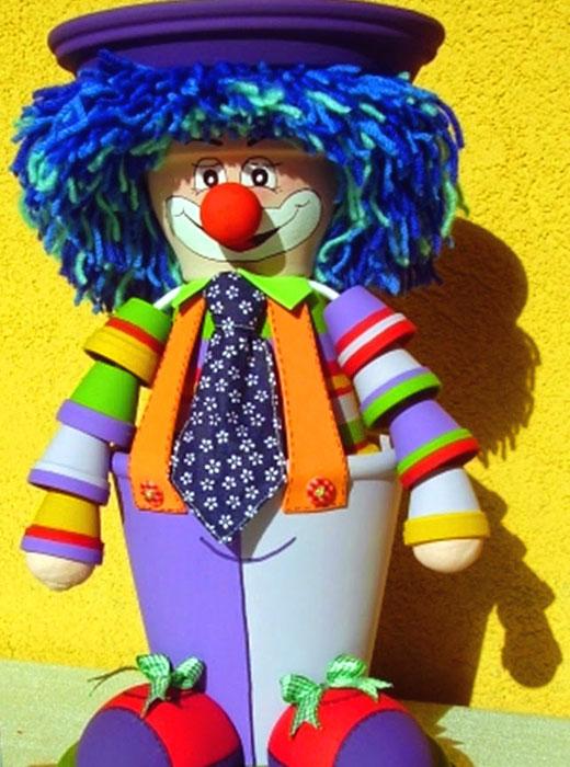 Поделка для сада клоун