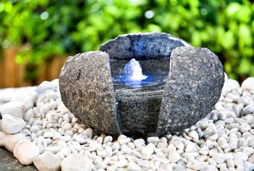 Фонтанчик из камня