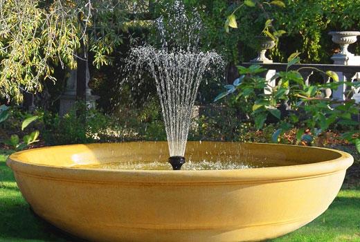 Чаша садового фонтана