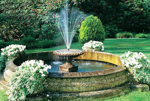 Круглый фонтан
