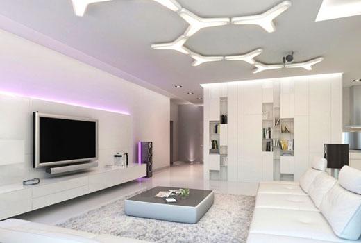 Натяжной потолок с красивым светильником