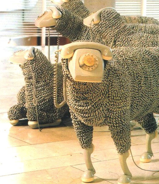 Садовая фигурка овечка