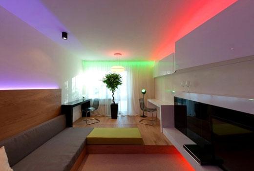 Сатиновый натяжной потолок с цветной подсветкой