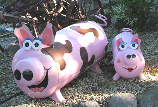 Поделки для сада свинки