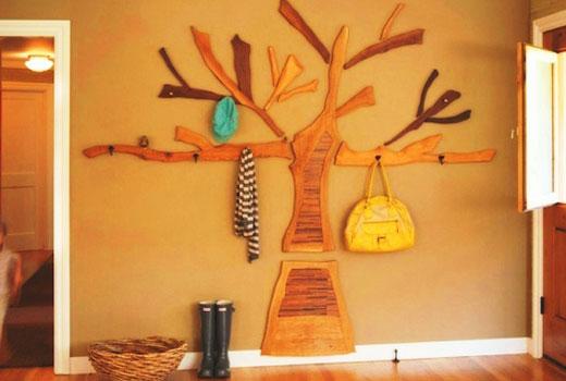 Плоская вешалка в виде дерева