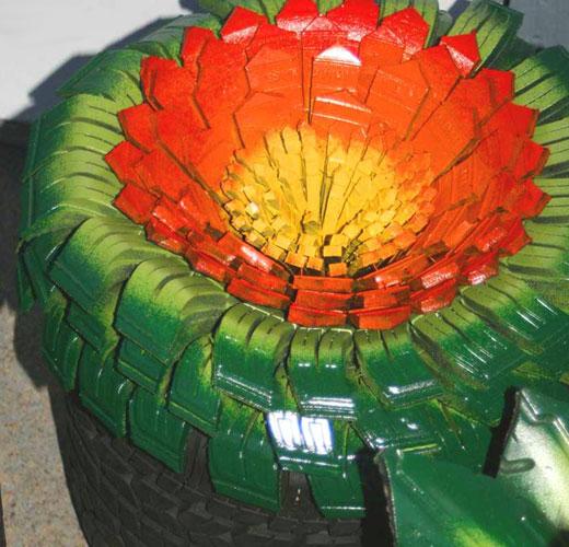 Волшебный цветок из шины