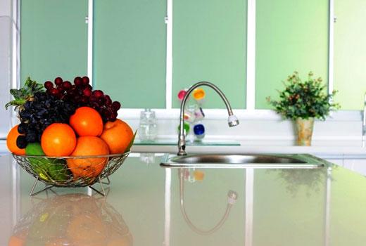 Эффект глубины полупрозначной кухонной столешницы