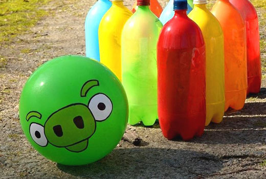 Боулинг - пластиковые бутылки