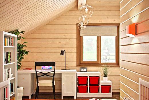 Комната для школьника в деревянном доме