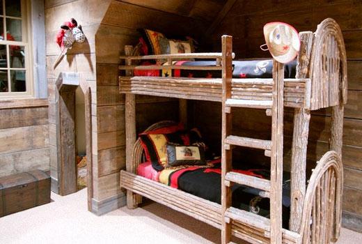 Оригинальная двухъярусная детская кровать