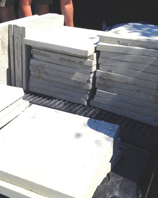 Плиты бетонные для дорожек