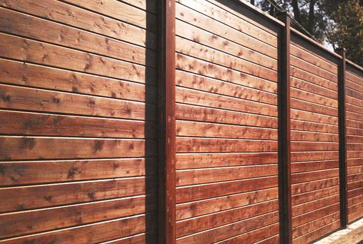 Забор из бруса