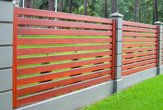 Планки горизонтальные в заборе
