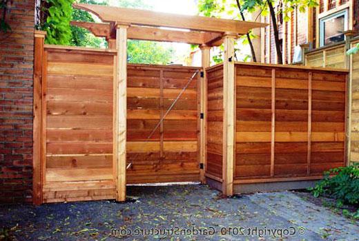 Забор и калитка деревянные