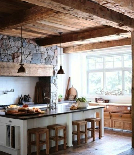Дерево и камень в отделке кухни