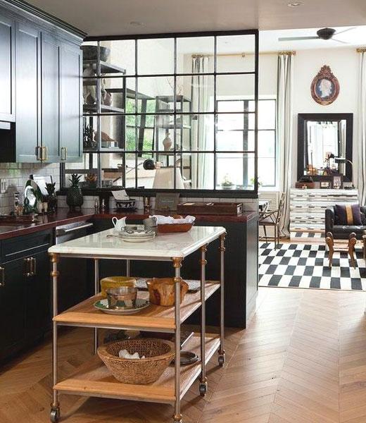 Передвижная барная стойка на кухне