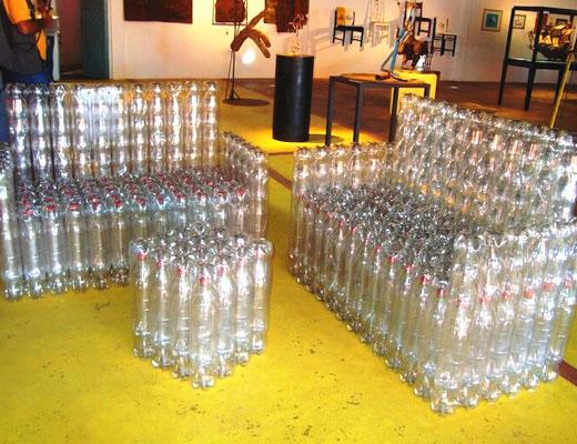 Диванчи ки из пластиковых бутылок