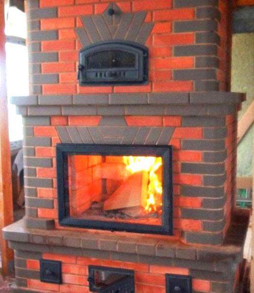 Печь камин кирпичная для дома