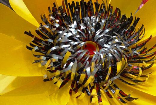 Серединка цветка из пластиковой бутылки