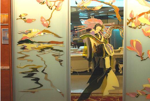 Витраж на зеркале шкафа купе