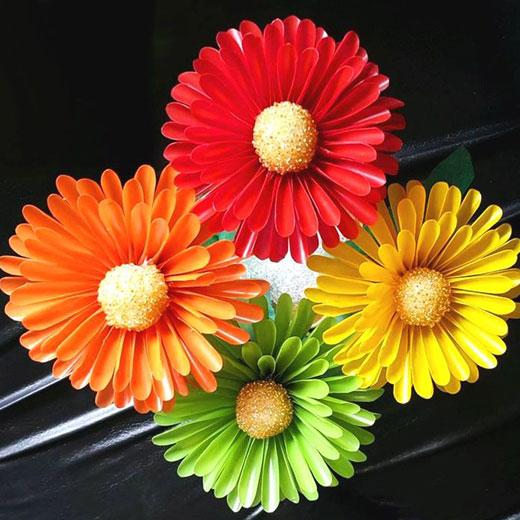 Красивые цветы из трубочек для коктейля