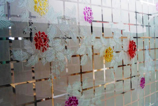 Рифленые стекла в двери