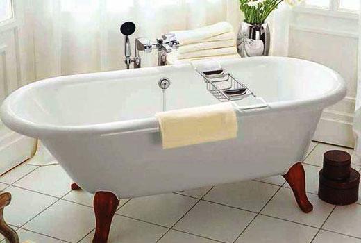 Ванна квариловая на ножках