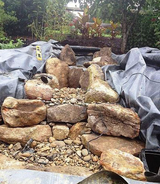 Камни для водопада