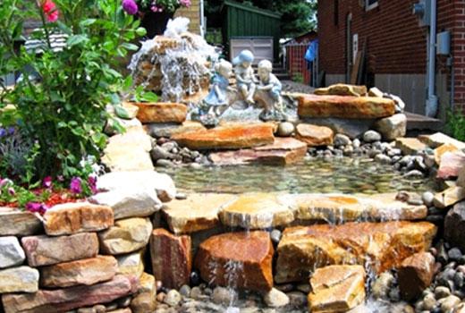 Водопад - украшение двора