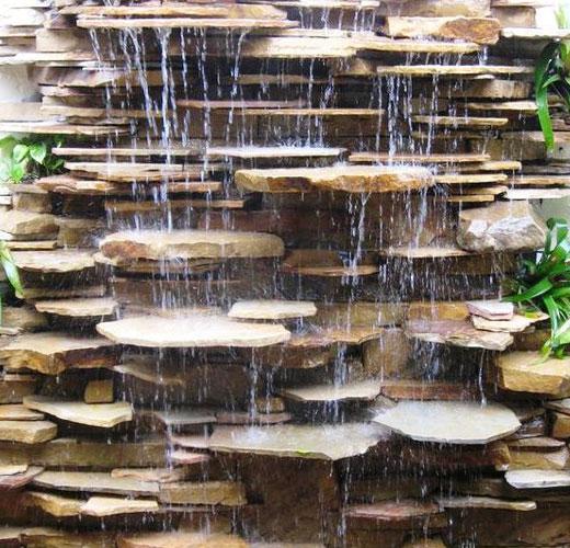 Камень плоской формы для водопада