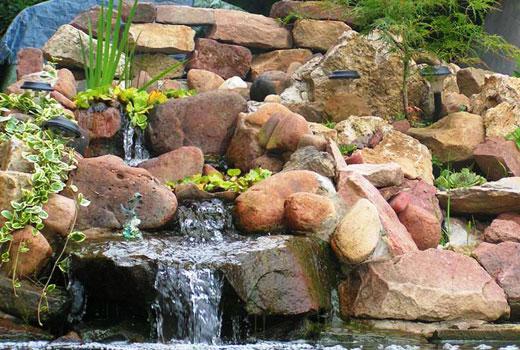 Камни разной формы для водоема и водопада