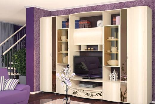 Мебельная стенка светлого цвета