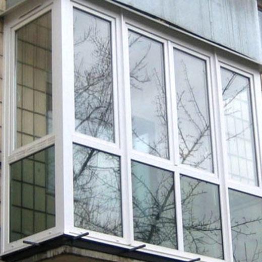 Пластиковые рамы для балкона