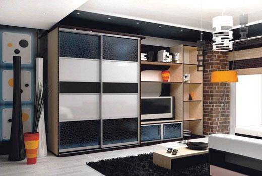 Шкаф купе в комплекте мебельной стенки