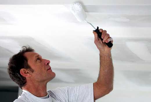 Обезжиривание потолка перед покраской