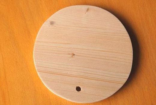 Деревянный кружок для подставки