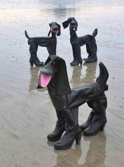 Фигурки из сапог собачки