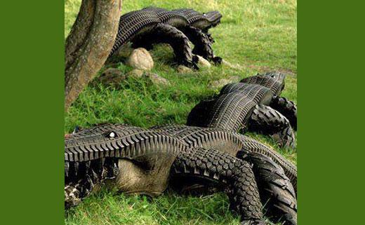 Крокодил из шины как сделать своими руками 4