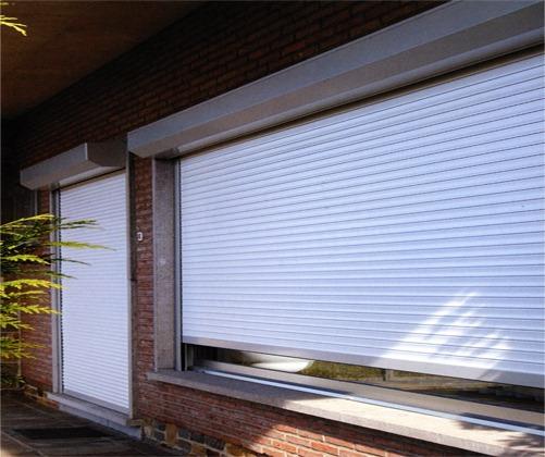 Рольставни на окнах защита