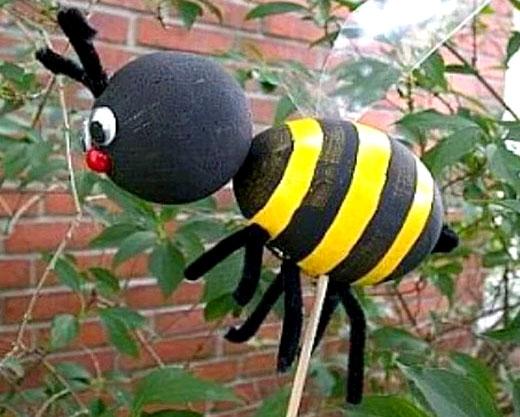 пчелка в саду своими руками