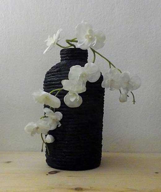 ваза из жгута и бутылки