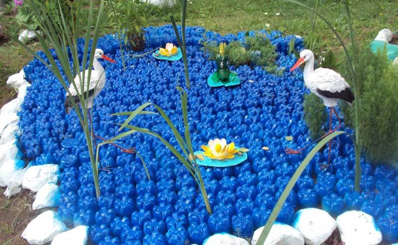 поделки из пластиковых бутылок фото для сада