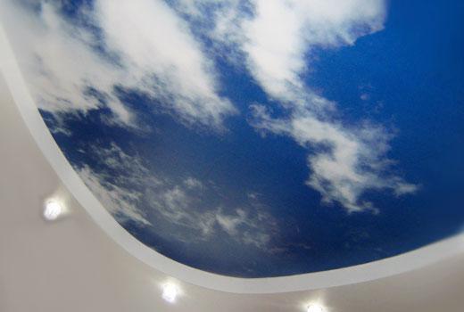 потолок натяжной подделка